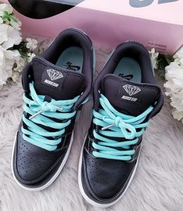Nike SB Dunk Low Pro OG QS X Tiffany Diamond